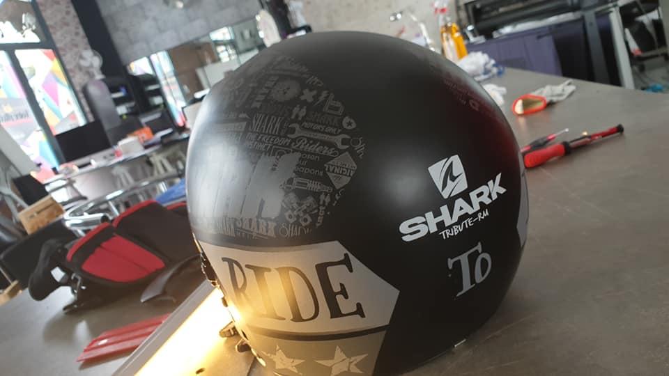 personnalisation casque de moto en Vendée