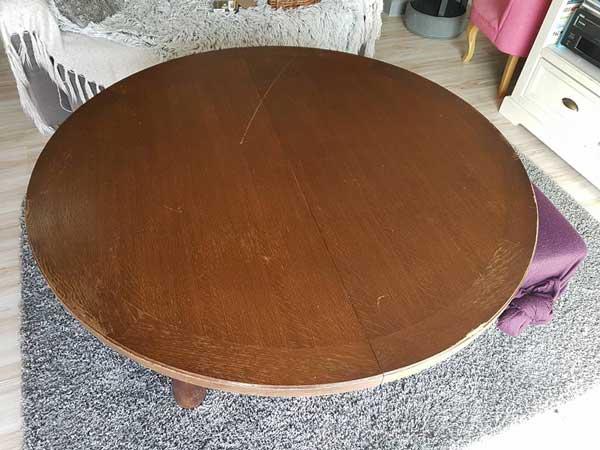Table en bois avant un projet de covering