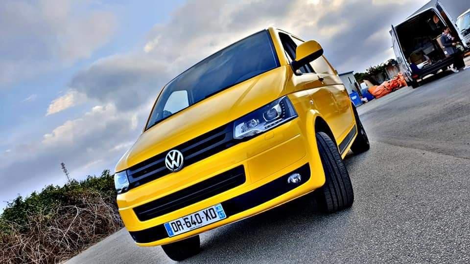 Réalisation d'un total wrapping sur Transporter Volkswagen