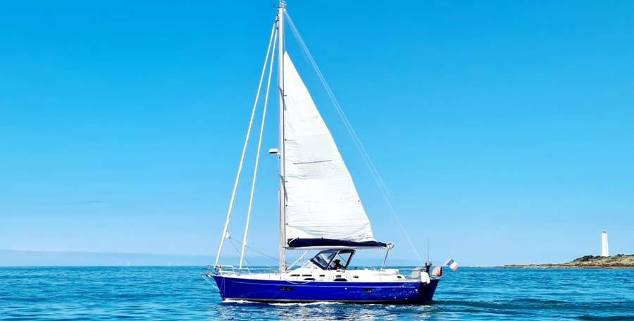 Covering voilier aux Sables d'Olonne en Vendée