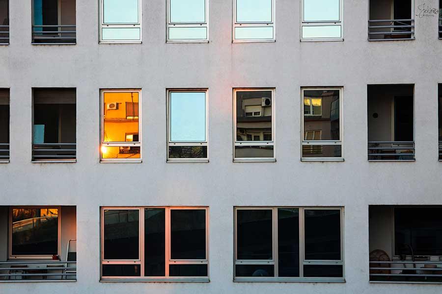 Film solaire anti-chaleur sur mesure pas cher en Vendée